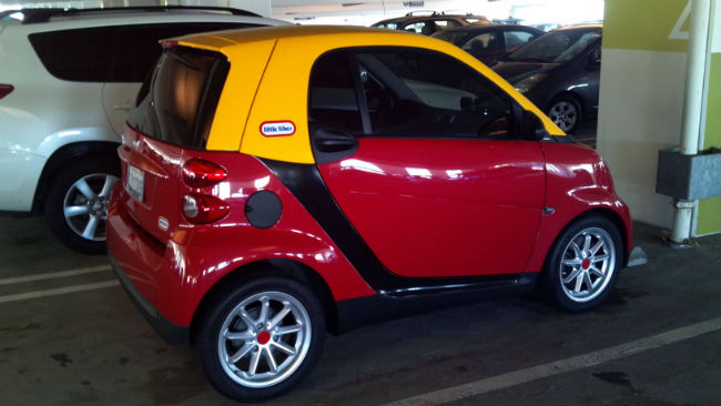 http://wordpress.carthrottle.com/wp-content/uploads/2014/01/Smart-Cozy-coupe.jpg
